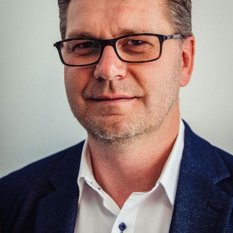 Viktor Schmidt - Geschäftsführung